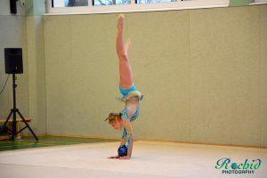 Anna Kolesnik mit ihrer Darbietung des Internationalen Turniers 2015 in Wiblingen, mit der sie den 1. Platz in ihrer Klasse belegte.